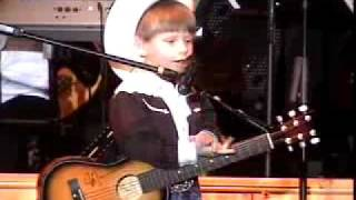 5 year old Mason Ramsey performing in the Kentucky Opry Talent Search