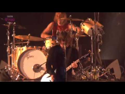 Foo Fighters - All My Life @ T in the Park...
