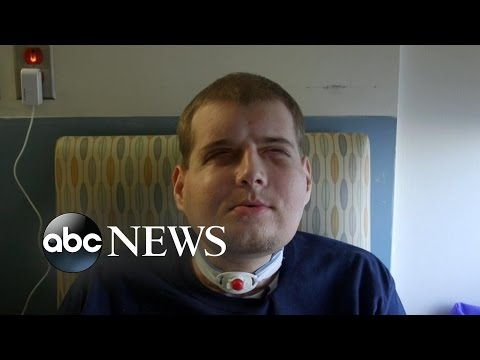 Firefighter returns home with hero's welcome after face transplant