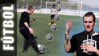 Vaselina/Globito de Lionel Messi (Chip shot) - Trucos, Jugadas y Videos de Futbol Sala