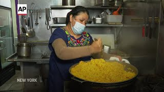 Restaurant turns into soup kitchen to feed the poor