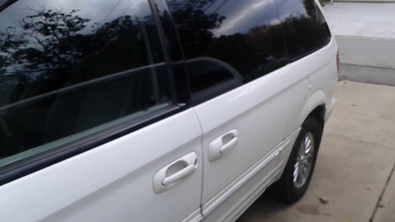 town country caravan passenger side water leak fixed repaired  [ 1280 x 720 Pixel ]