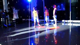Танцевальная команда экстрим-шоу URBANS