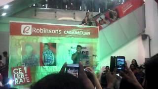 Darren Espanto Invades Robinson