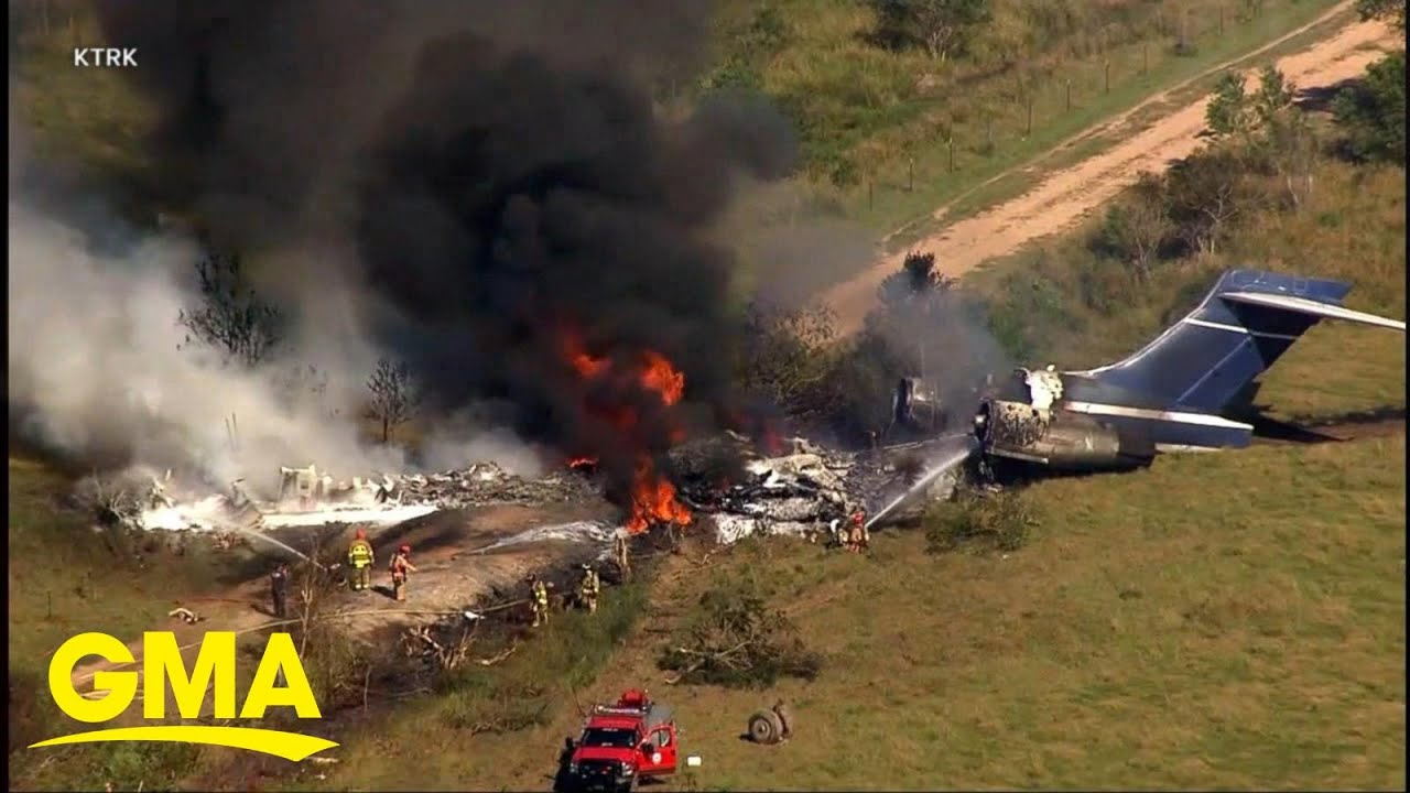 Download All passengers safe after private plane crashes in Texas l GMA