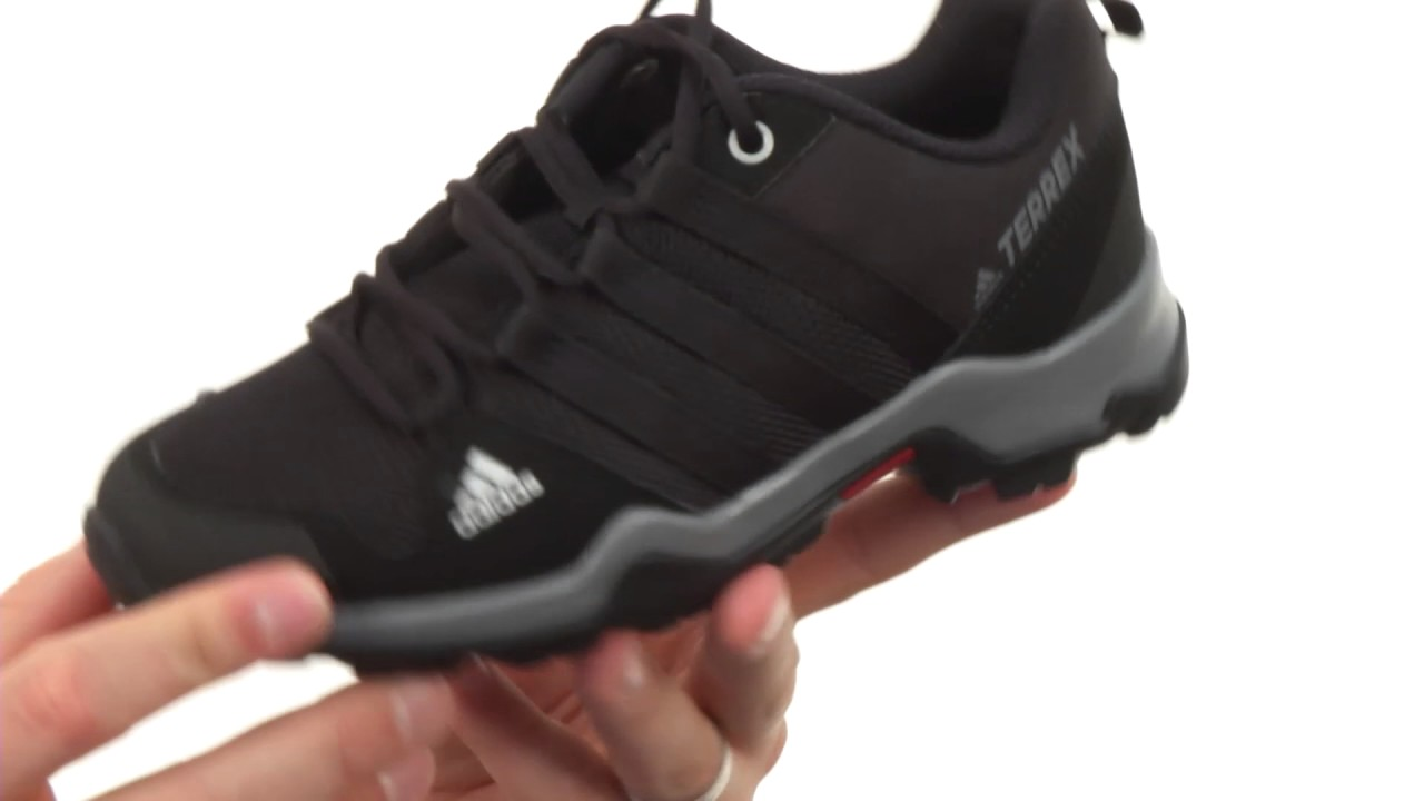 adidas Outdoor Kids Terrex AX2R (Little