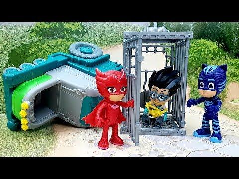 Мультики с игрушками для детей - Отвоевать штаб! Игрушечные видео на русском
