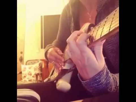 Paris Jackson playing guitar (RARE)