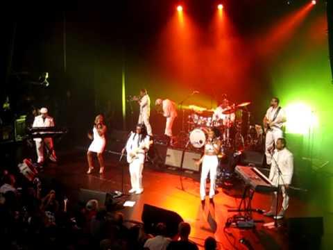 CHIC featuring Nile RODGERS - Le Freak live @ AB Bruxelles