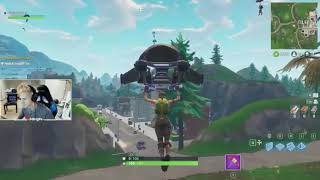 KID STEALS MOMS CREDIT CARD ET DONATES TO NINJA AND HE GETS MAD (FORTNITE)