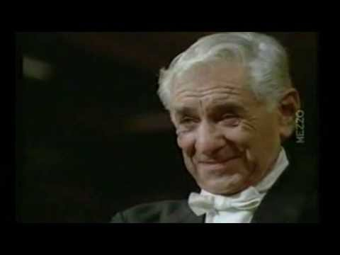 Look Ma No Hands! Leonard Bernstein at his best...