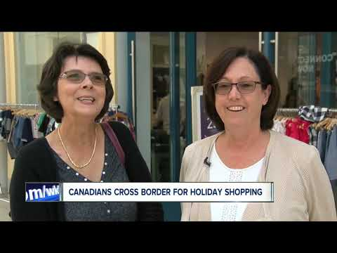 Canadians Cross Border For Holiday Shopping
