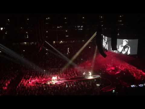 Queen+Adam Lambert - Under Pressure - United Center, Chicago - 07/14/2017