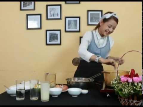 Thử Tài Sao: Chi Pu trổ tài làm bánh flan cực ngon