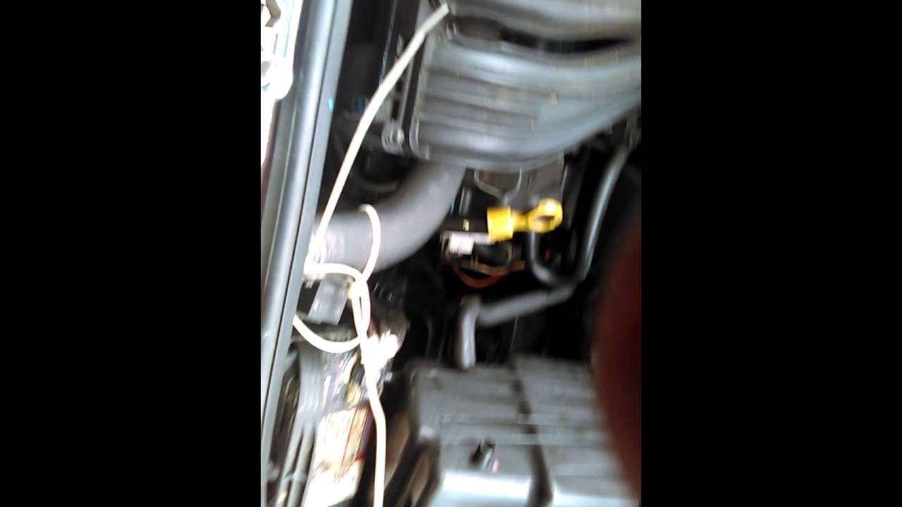 How To Remove Pt Cruiser Middle Engine Mount