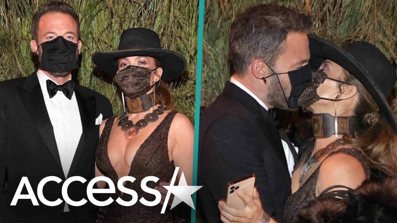 Jennifer Lopez and Ben Affleck Share An Intimate Kiss With Masks at the 2021 Met Gala