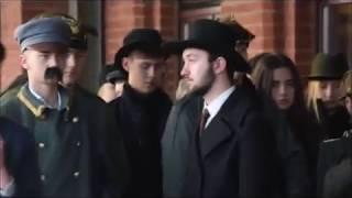 Piłsudski na dworcu