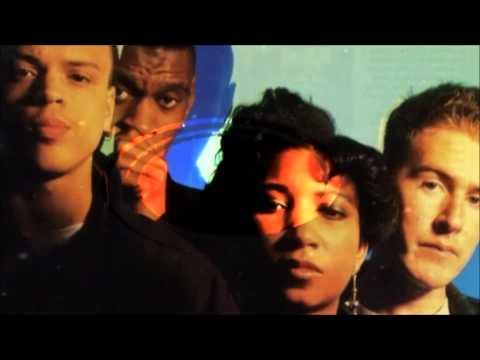 Massive Attack Unfinished Sympathy (subtitulada español)