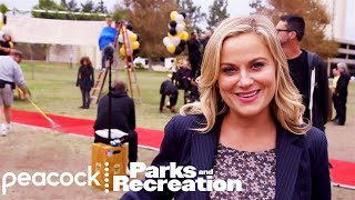 Parks and Recreation - From Script to Screen (Behind The Scenes)