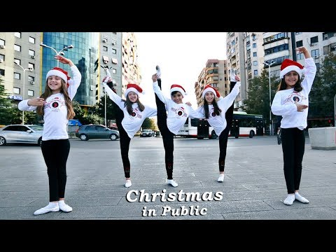 Christmas Hip Hop - Dance - Jingle Bells 2019 ( In Public )