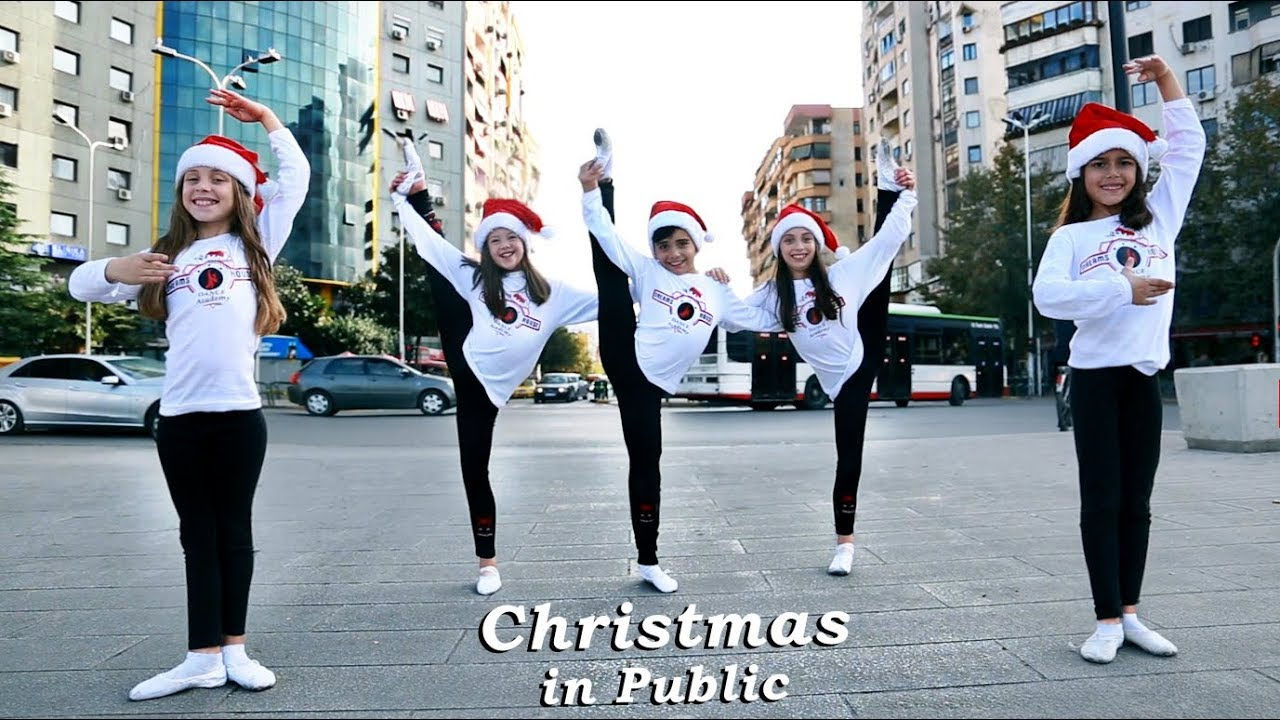 Christmas Hip Hop Dance Jingle Bells 2019 In Public Youtube