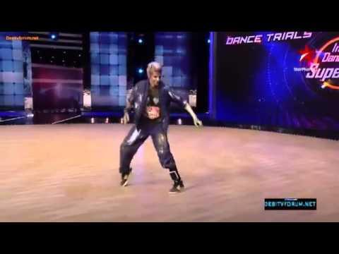 Avi Baki Hai Thorisi Jindagi Best Robotic Dance