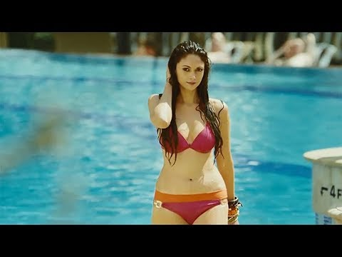 bollywood actress in bikini who is best
