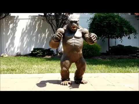 "King Kong 18"" Figure Review"