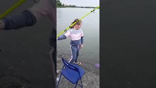 Маша и карась рыбалка лето 2021 Ловля касатки на Дону
