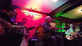 Lorenzo Petrocca/Helmut Kagerer/Davide Petrocca - Cherokee ! Live at the Jazzhall