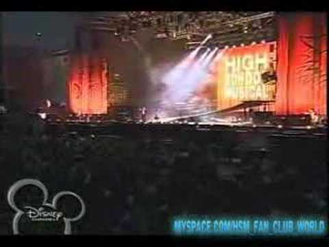 HSM:The Concert-Intro+start of something new(mexico)
