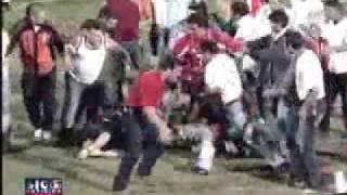 Briga em estadio de futebol