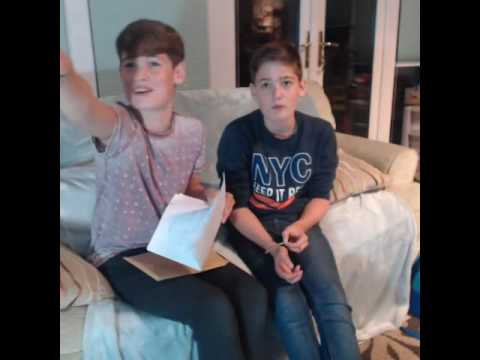LIVE on YouNow October 30, 2016