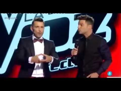 Ricky Martin performing Disparo al Corazón at The Voice Spain + The Interview