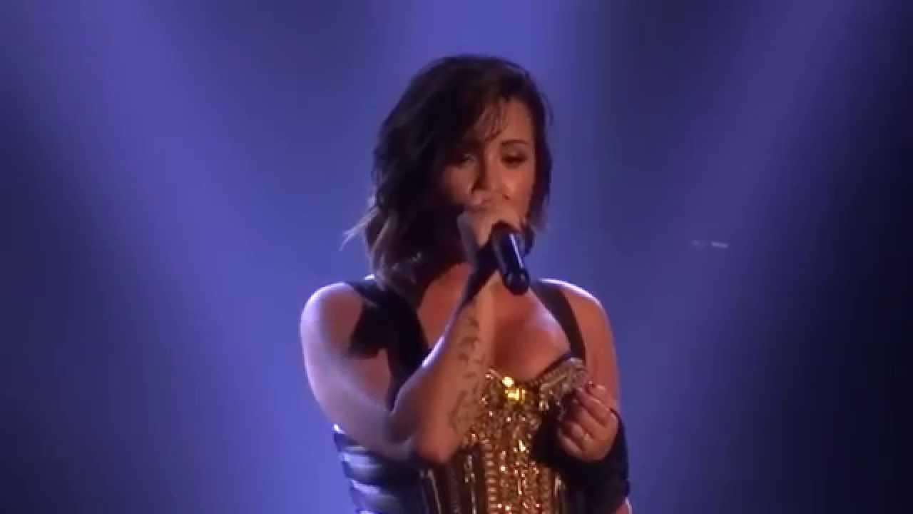 "Download Demi Lovato - ""Nightingale"" (Live in San Diego 9-28-14)"