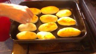 вкусные домашние пирожки с мясом в духовке(Пирожки с мясом -- универсальное русское блюдо, традиционно готовятся в духовке. Жареные пирожки возможно..., 2015-08-08T18:43:25.000Z)