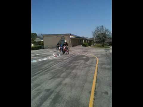 Bike pulling scooter