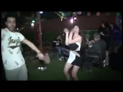 بنت ترقص شعبي علي مهرجان مولد سيدي العريان وتغلب الولد في الرقص thumbnail
