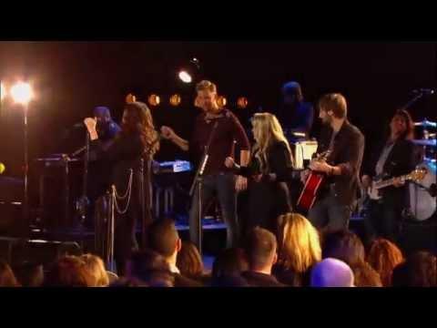 "Stevie Nicks & Lady Antebellum- Bonus Video ""Gold Dust Woman"" CMT Crossroads"