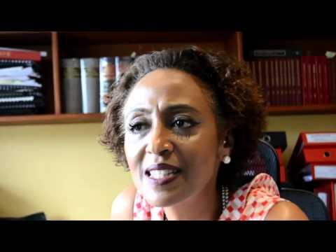 Radio saut fm stereo  Mahojiano na Fatma Karume
