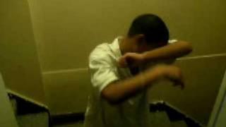 My lil nigga doin the warren dance