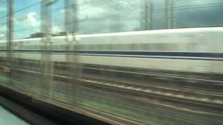 阪急京都線特急と新幹線のぞみの対向