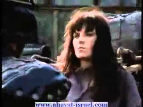 xena gabrielle sing chiribim chiribom dance in yiddish