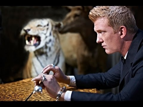 Queens of the Stone Age - The Vampyre of Time and Memory [Trailer]