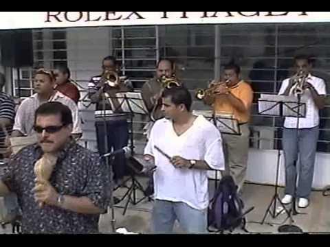 Pedro Arroyo - Todo me Huele a ti