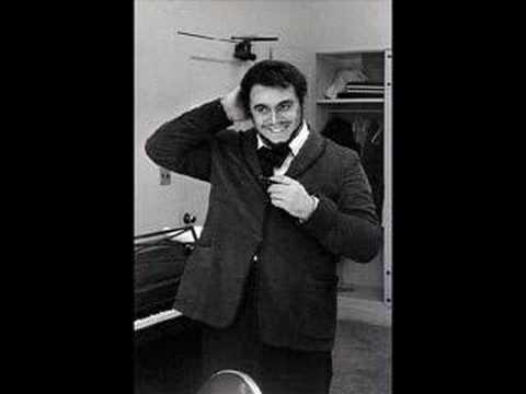 Luciano Pavarotti - Che Gelida Manina 1961 live (his debut!) mp3