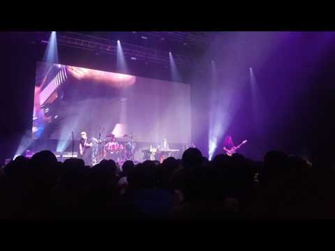 Joe Satriani live in Korea - Rock Medley