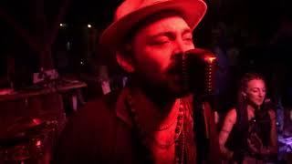 Radio Tahuania - Ya se ha muerto mi Abuelo