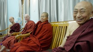 Dhamma discussion at Shwe Kyin Monastery