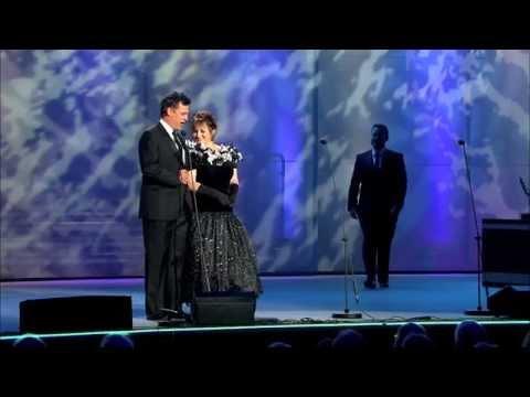 Y Tri Tenor Cymreig a Gillian Elisa - Medli